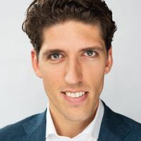 Pasfoto Robert van den Broek